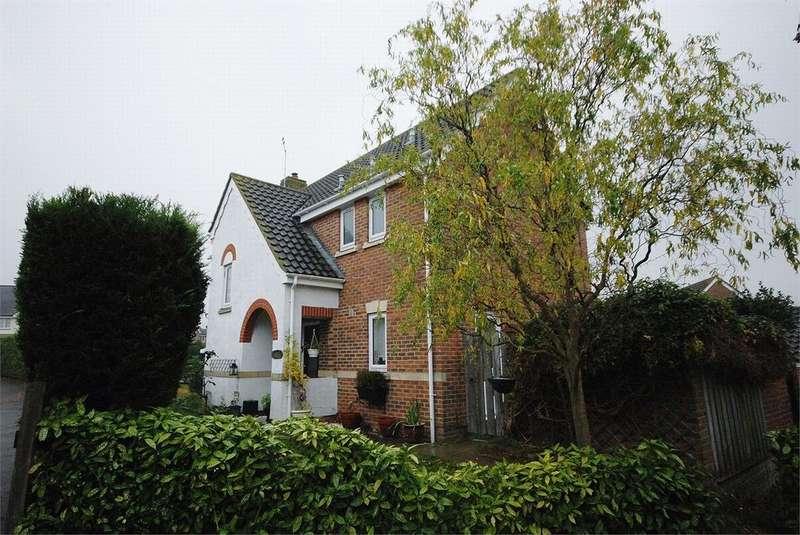 4 Bedrooms Detached House for sale in Deerleap Way, Braintree, Essex