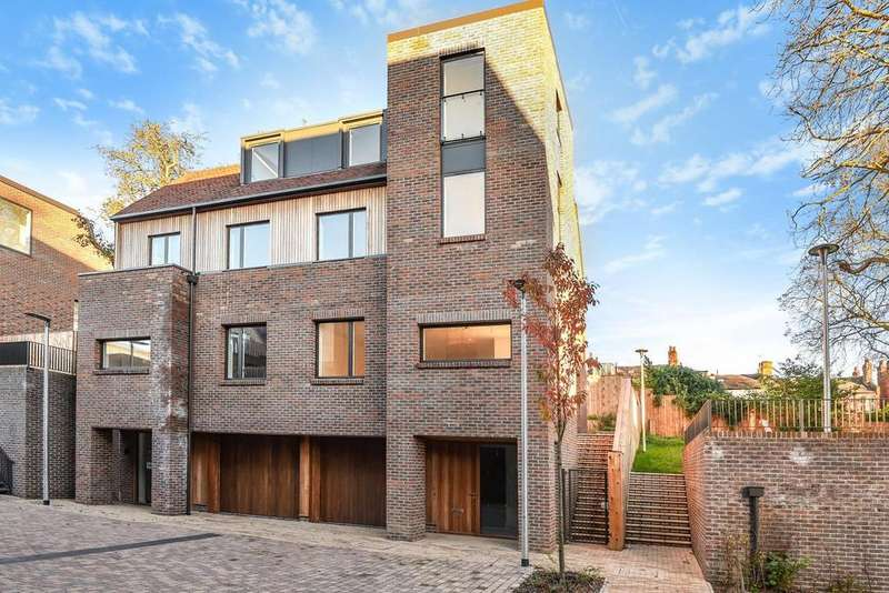 4 Bedrooms Town House for sale in Woodside Square, Woodside Square, Muswell Hill