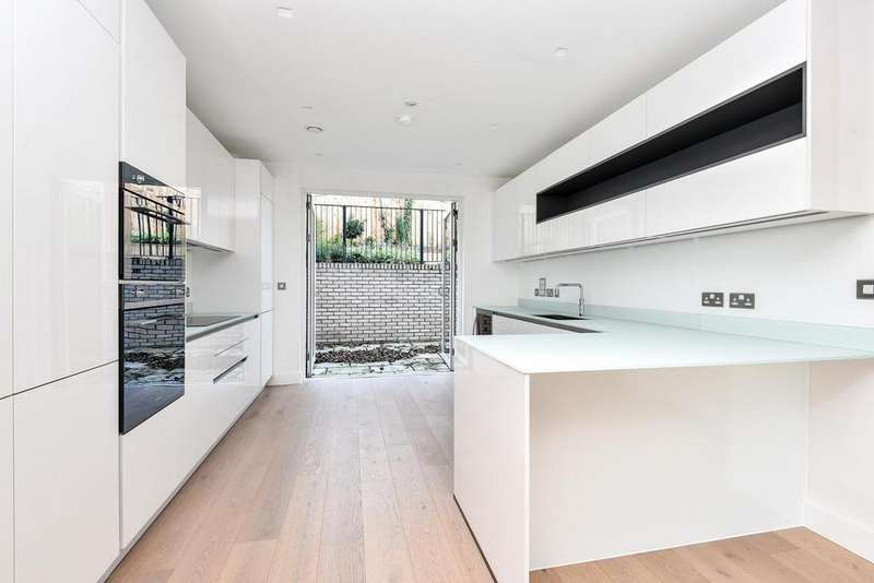 3 Bedrooms Town House for sale in Woodside Square, Woodside Square, Muswell Hill