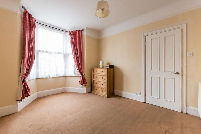 4 Bedrooms Terraced House for sale in Waghorn Street Peckham SE15