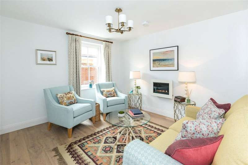 4 Bedrooms End Of Terrace House for sale in Fulford Place, Salisbury, SP1
