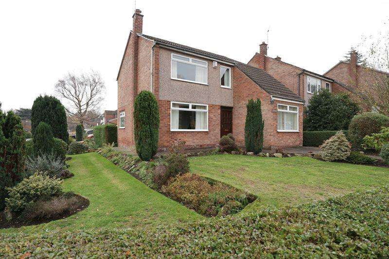 4 Bedrooms Detached House for sale in Hazlemere Avenue, Macclesfield