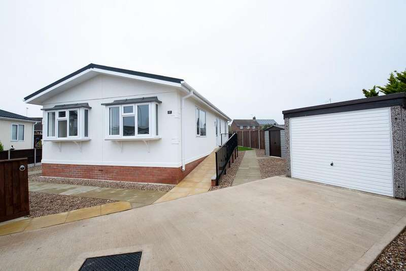 2 Bedrooms Park Home Mobile Home for sale in Lea Park Home Estate, Boston, PE21