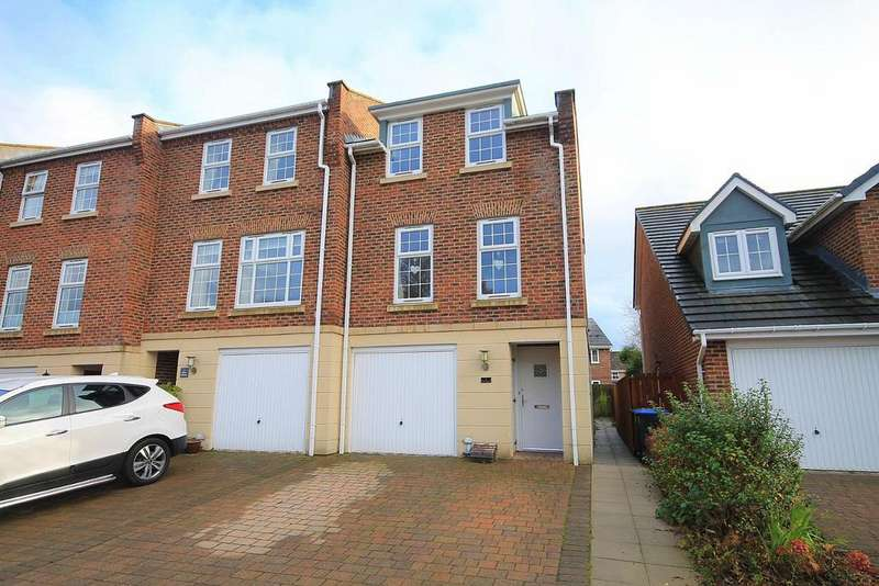 5 Bedrooms Town House for sale in Waldridge Lane, Chester Le Street