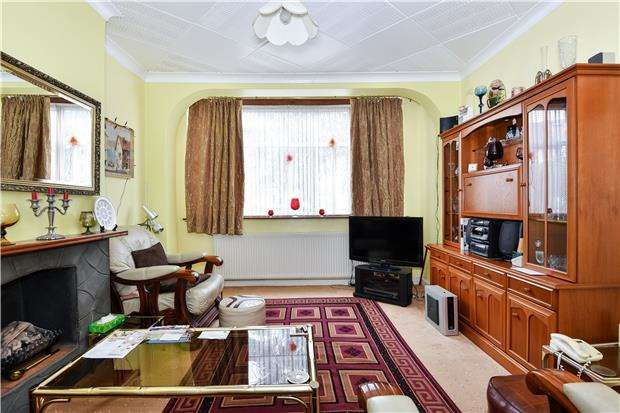 3 Bedrooms Semi Detached House for sale in Abercairn Road, LONDON, SW16