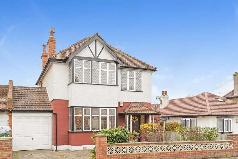 4 Bedrooms Detached House for sale in Parkview Road, London, SE9