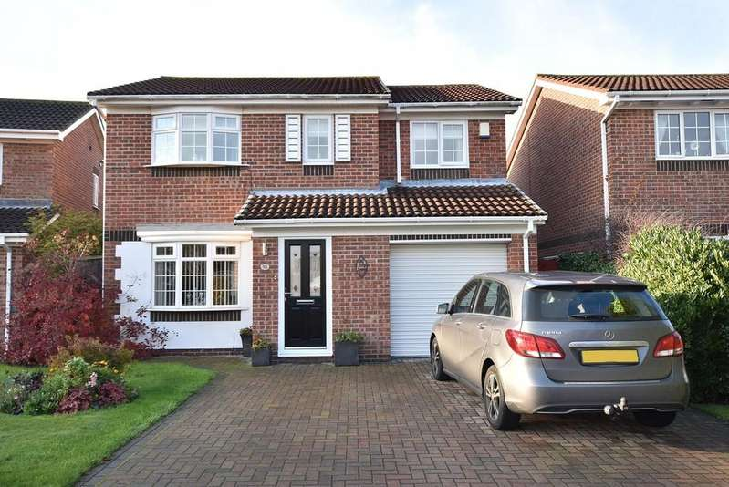 4 Bedrooms Detached House for sale in Winslow Close, The Cotswolds