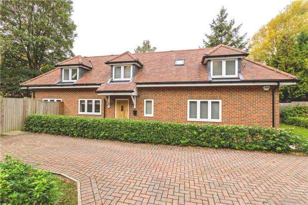 3 Bedrooms Detached House for sale in Ashley Road, Reading, Berkshire