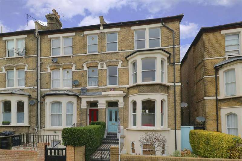 5 Bedrooms House for sale in Freegrove Road, London N7