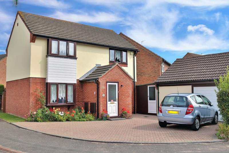 3 Bedrooms Detached House for sale in Yardley Close, Achorage Park, Portsmouth