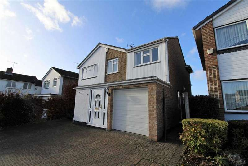 4 Bedrooms Detached House for rent in Home Farm Way, Slough