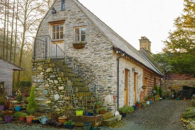 4 Bedrooms Detached House for sale in Llwynmawr, Llangollen