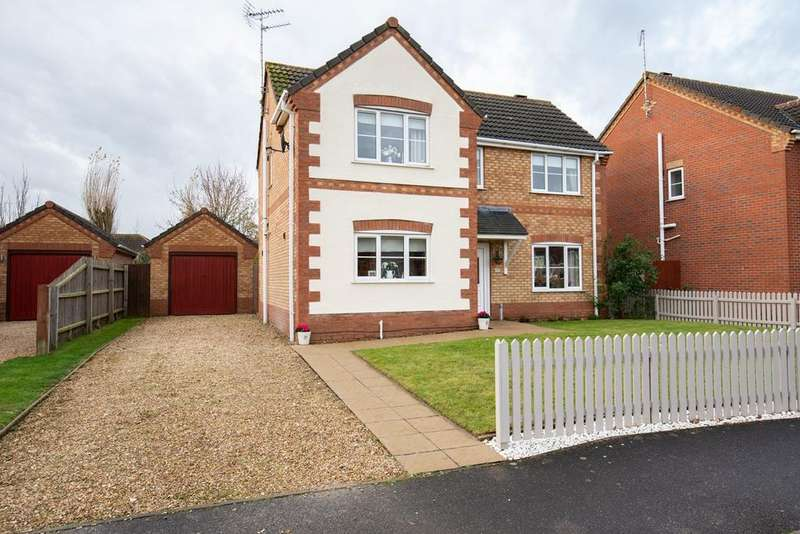 3 Bedrooms Detached House for sale in Balmoral Way, Holbeach, PE12