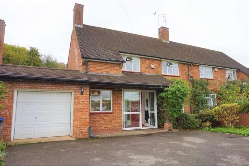 3 Bedrooms Semi Detached House for sale in Cottage Park Road, Hedgerley, SL2