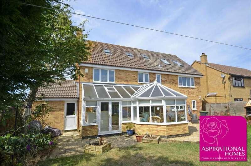 7 Bedrooms Detached House for sale in Restormel Close, Rushden, Northamptonshire