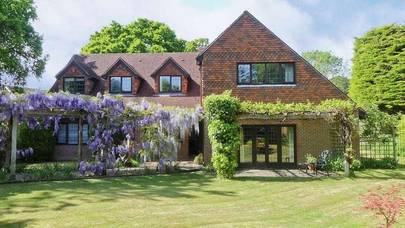 5 Bedrooms Detached House for sale in Broadlands Road, Brockenhurst, SO42