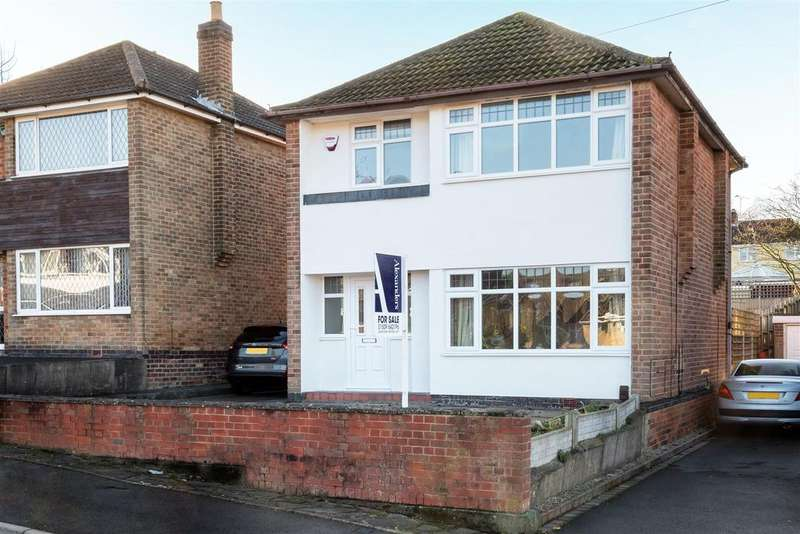 3 Bedrooms Detached House for sale in Rosslyn Road, Whitwick