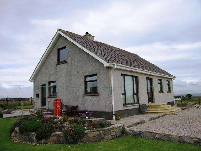 3 Bedrooms House for sale in 36 Upper Aird, Point, Isle of Lewis HS2