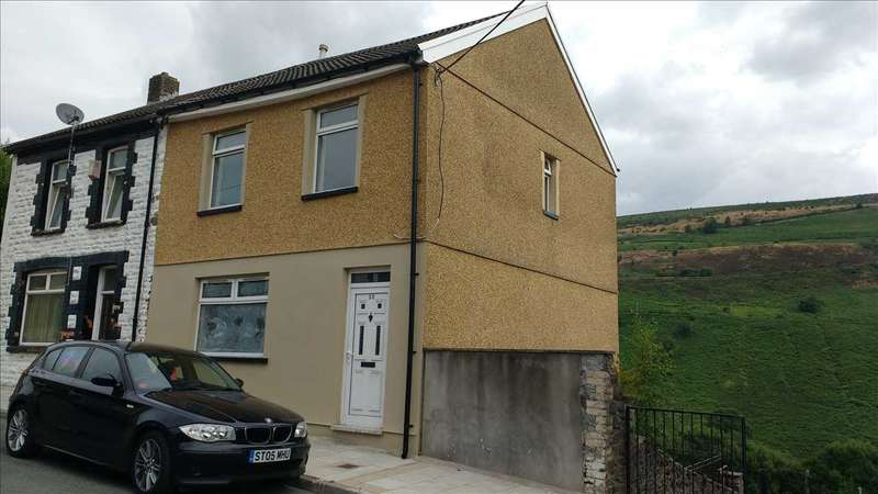 3 Bedrooms Semi Detached House for sale in Hendrefadog Street, Porth