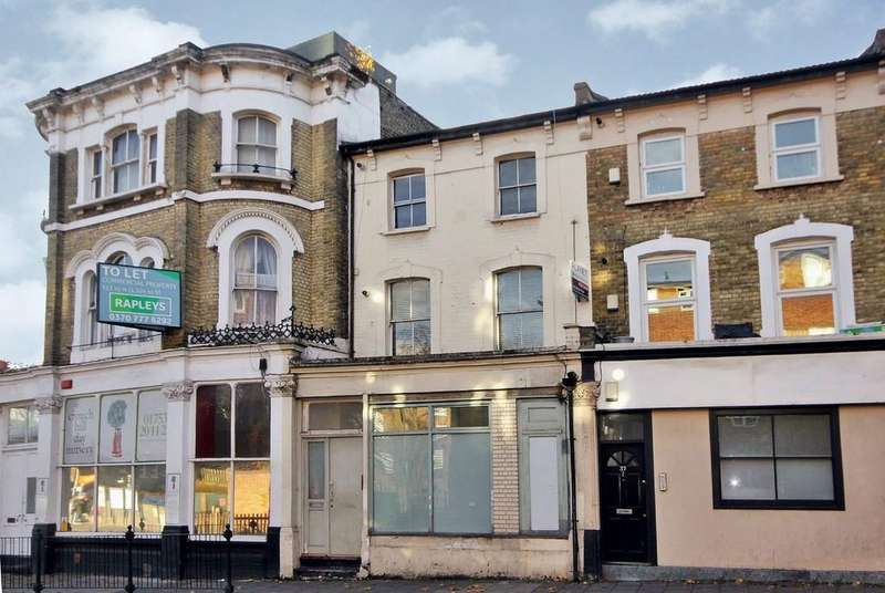 2 Bedrooms Terraced House for sale in Crouch Hill N4 4AP