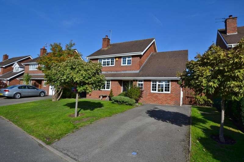 4 Bedrooms Detached House for sale in Manley Close, Holmes Chapel