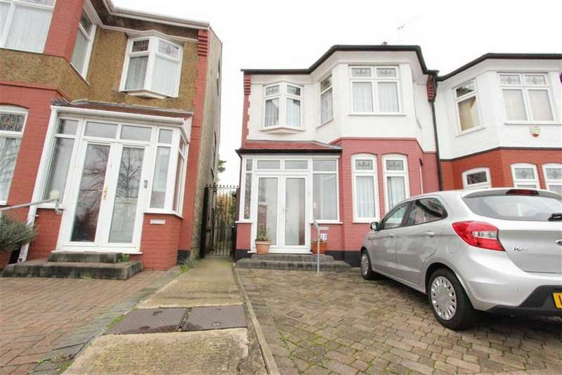 3 Bedrooms Semi Detached House for sale in Farm Road, Winchmore Hill, London