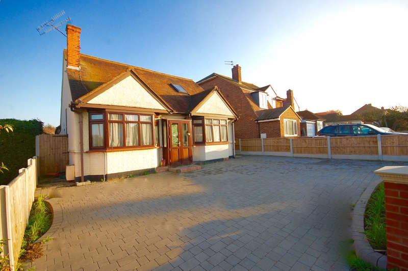 5 Bedrooms Detached House for sale in Moulsham Chase, Old Moulsham, Chelmsford, CM2