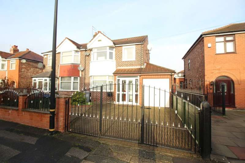 3 Bedrooms Semi Detached House for sale in Gairloch Avenue, Stretford, Manchester, M32