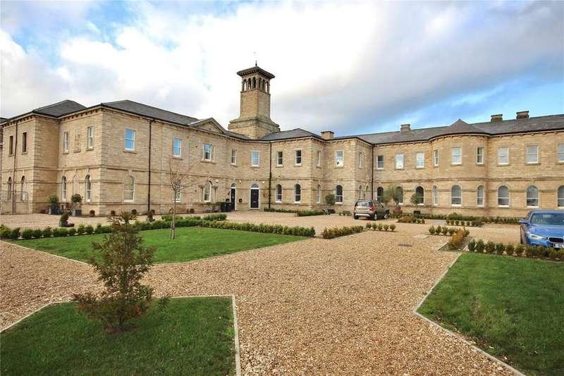 2 Bedrooms Flat for sale in Medland Drive, Bracebridge Heath, LN4