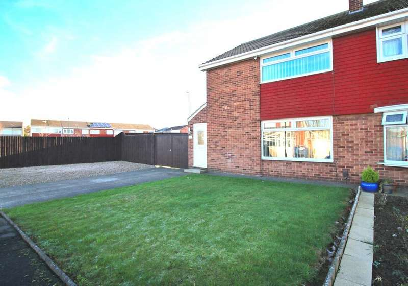 3 Bedrooms Semi Detached House for sale in Draycott Close