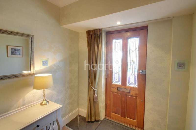 4 Bedrooms Semi Detached House for sale in Brook Road, NW2