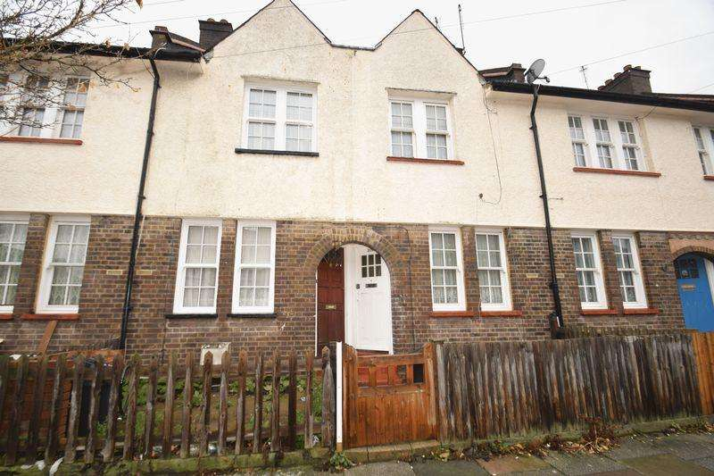 2 Bedrooms Terraced House for sale in Cowick Road, London