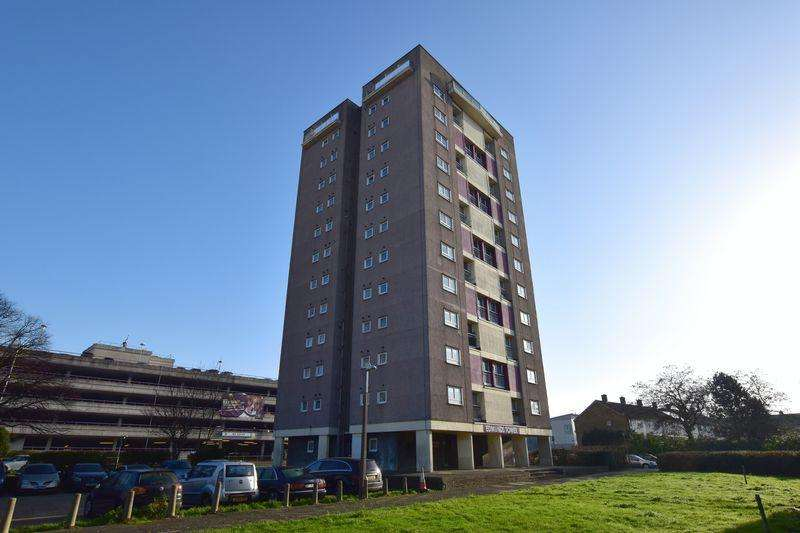 2 Bedrooms Apartment Flat for sale in Edmunds Tower, Harlow