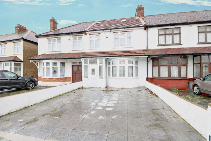 4 Bedrooms Terraced House for sale in Baron Gardens, Ilford, IG6