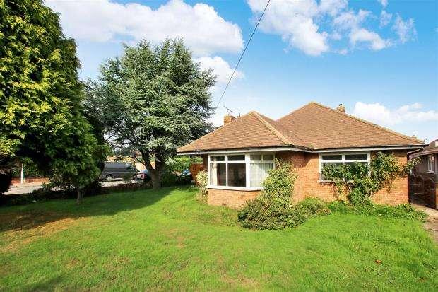 14 Bedrooms Semi Detached House for sale in Beach Road, Littlehampton