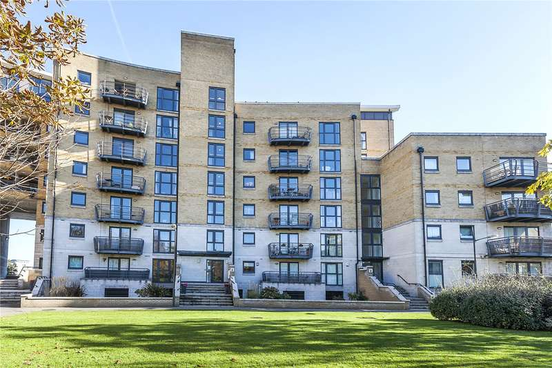 3 Bedrooms Flat for sale in Greenfell Mansions, Glaisher Street, London, SE8