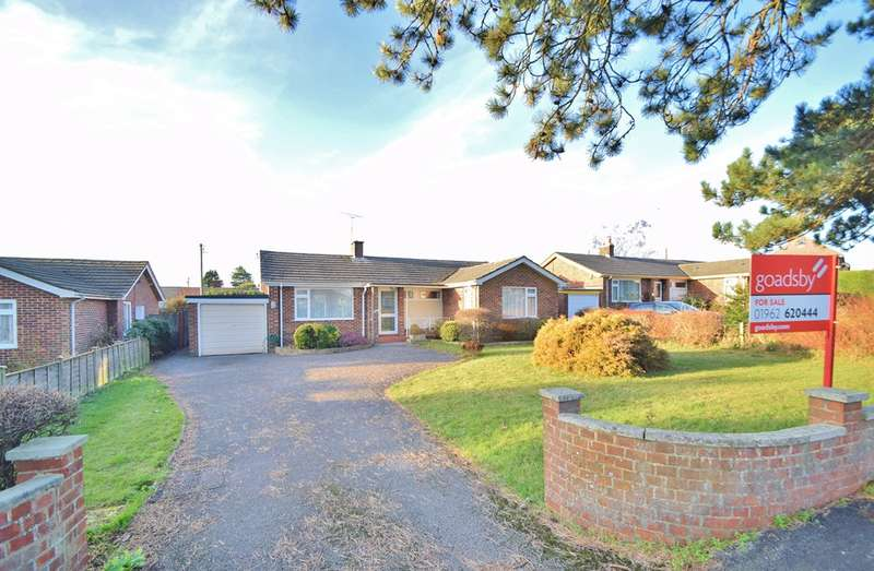 3 Bedrooms Bungalow for sale in Olivers Battery