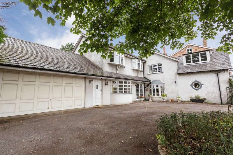 3 Bedrooms Detached House for sale in Birchbrook Road, Lymm, Cheshire, WA13