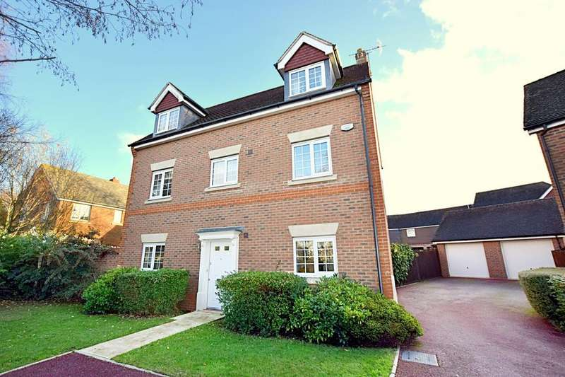 5 Bedrooms Detached House for sale in Elnoth Drive, Elvetham Heath