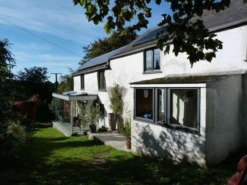 4 Bedrooms Property for sale in Okehampton, Devon