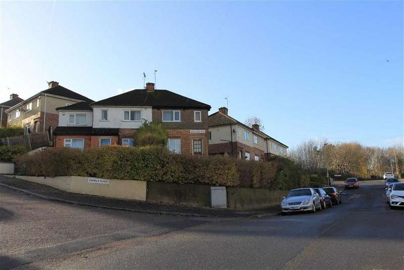 2 Bedrooms Semi Detached House for sale in Woodstock Road, Stocking Farm, Leicester