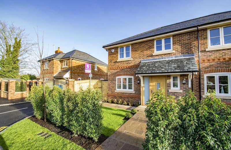 2 Bedrooms Semi Detached House for sale in Gatehampton Road, Goring On Thames, RG8