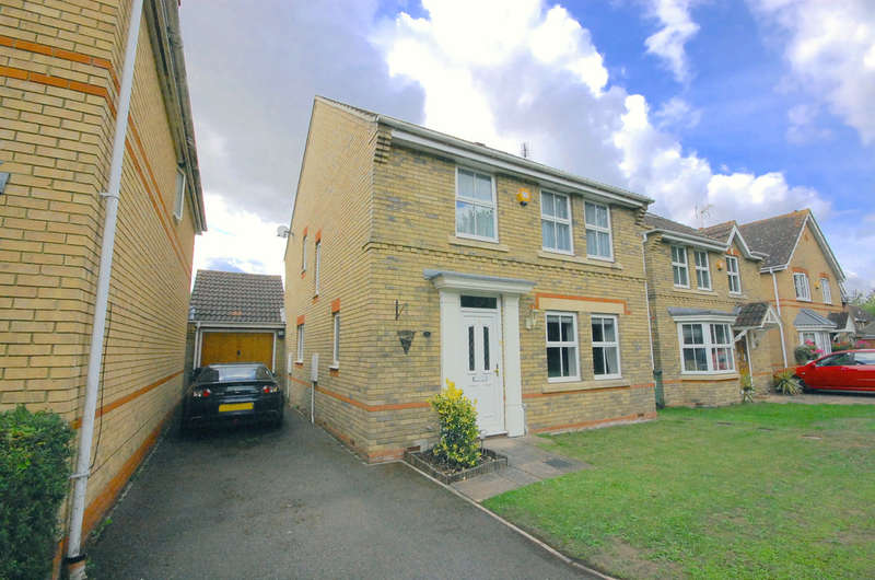 4 Bedrooms Detached House for sale in Brancaster Drive, Great Notley, Braintree, CM77
