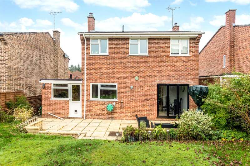 4 Bedrooms Detached House for sale in New Road, Newbury, Berkshire, RG14