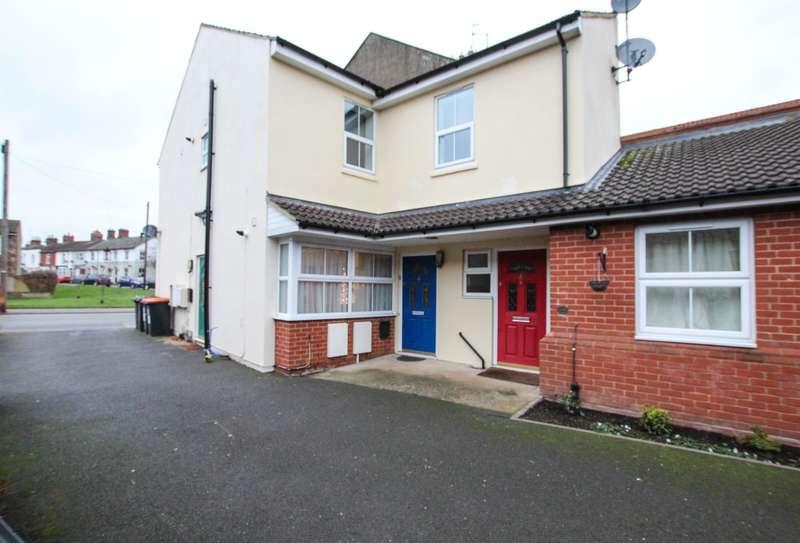 2 Bedrooms Maisonette Flat for sale in Church Street, Leighton Buzzard