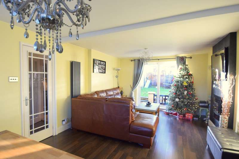 3 Bedrooms Semi Detached House for sale in Church Road, Old Windsor, SL4