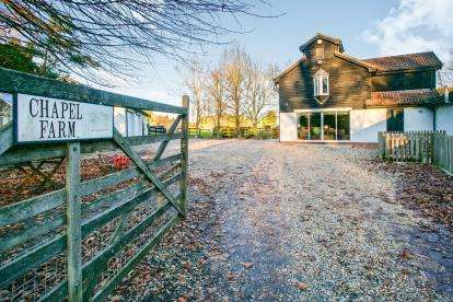 5 Bedrooms Detached House for sale in Prior Fen, Ely