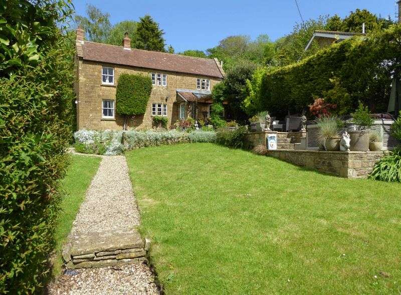 3 Bedrooms Property for sale in Ham Hill, Stoke-Sub-Hamdon