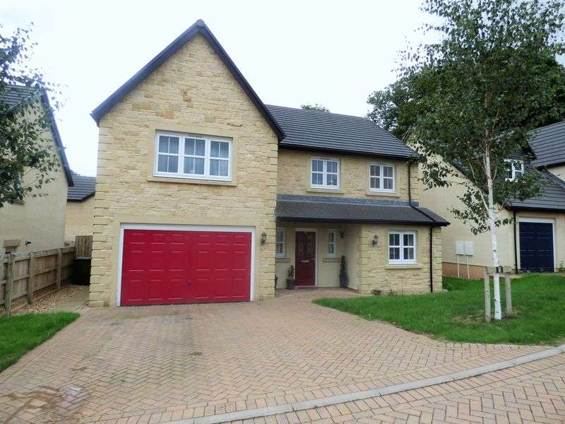 5 Bedrooms Property for sale in Dutton Drive, Lancaster