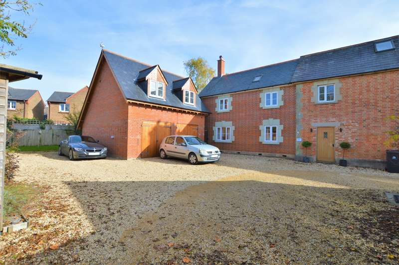 5 Bedrooms Property for sale in Motcombe